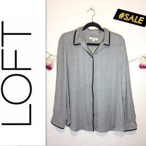 LOFT long sleeve black white button up blouse XL